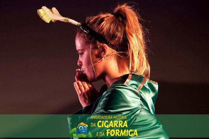 A Verdadeira História da Cigarra e da Formiga - 1
